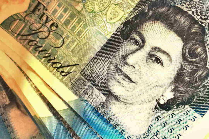 pounds gbp queen five 5